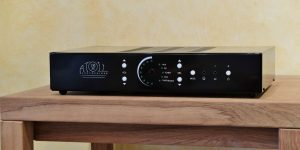 Integrated amplifier Atoll